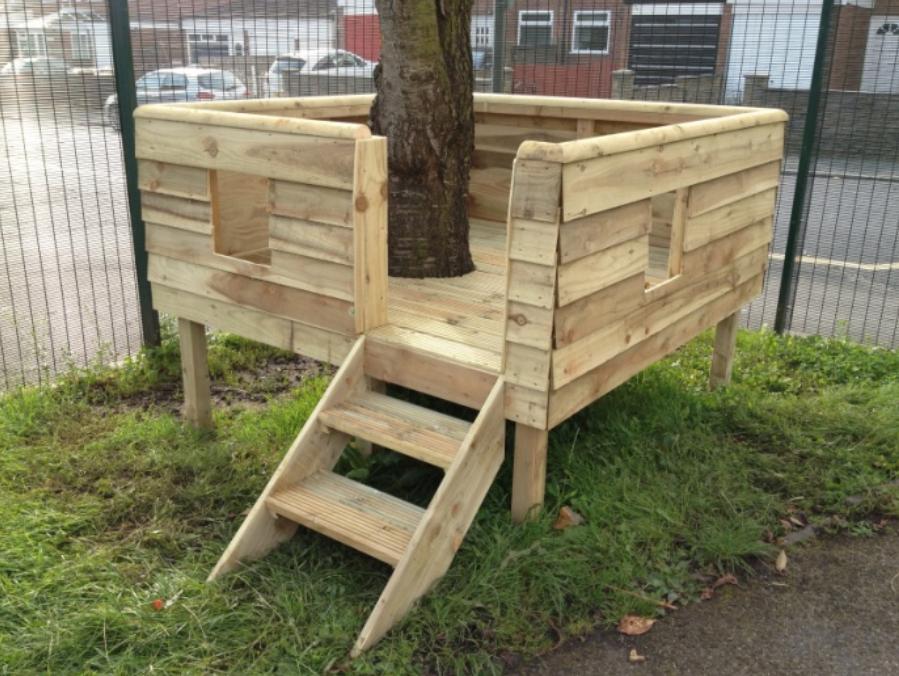 Brownlow Feather Tree Platform